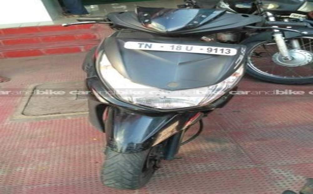 Yamaha Ray Std Front View