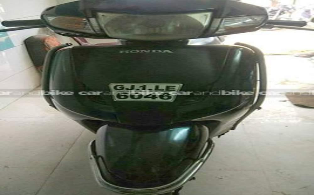 Honda Activa Dlx Front View