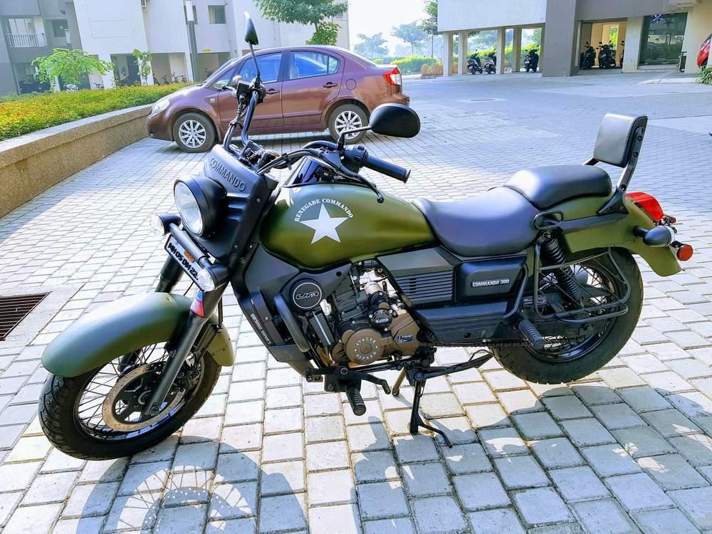 Um Motorcycles Renegade Commando Front View