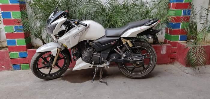 Used Tvs Apache Rtr 180 Bike in Hapur 2017 model, India at