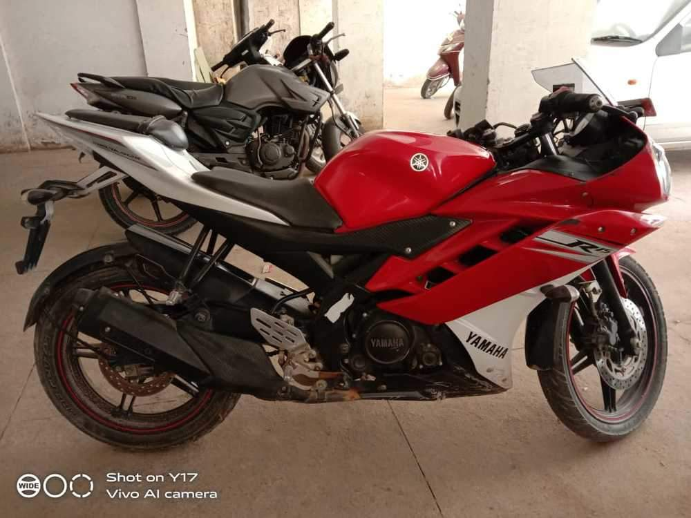 Yamaha Yzf R15 V20 Front View