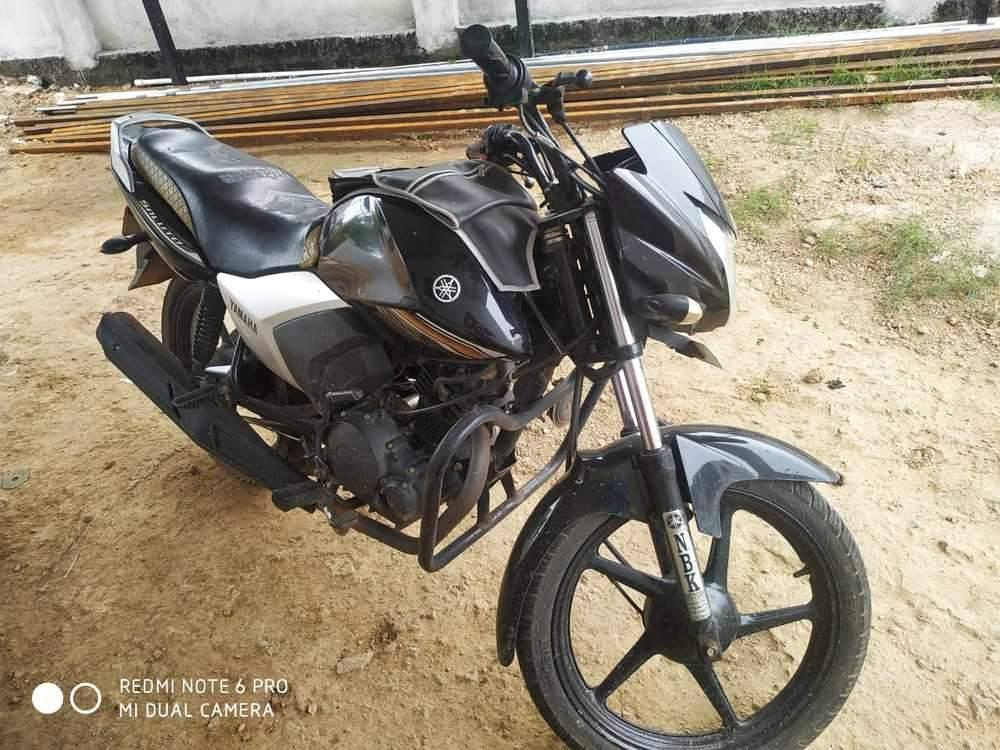 Yamaha Saluto Right Side