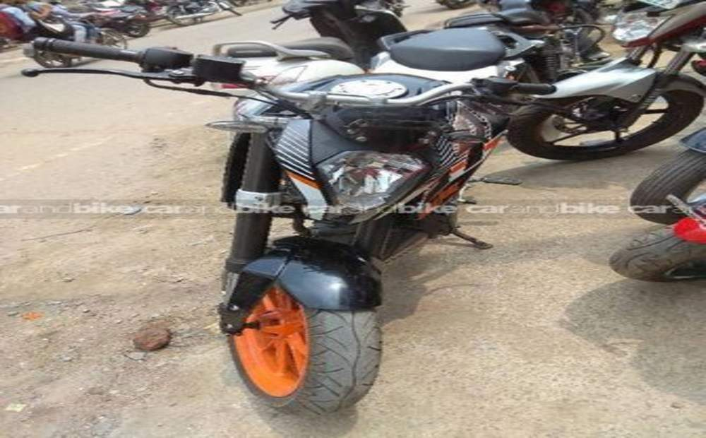 Ktm 200 Duke Std Front View