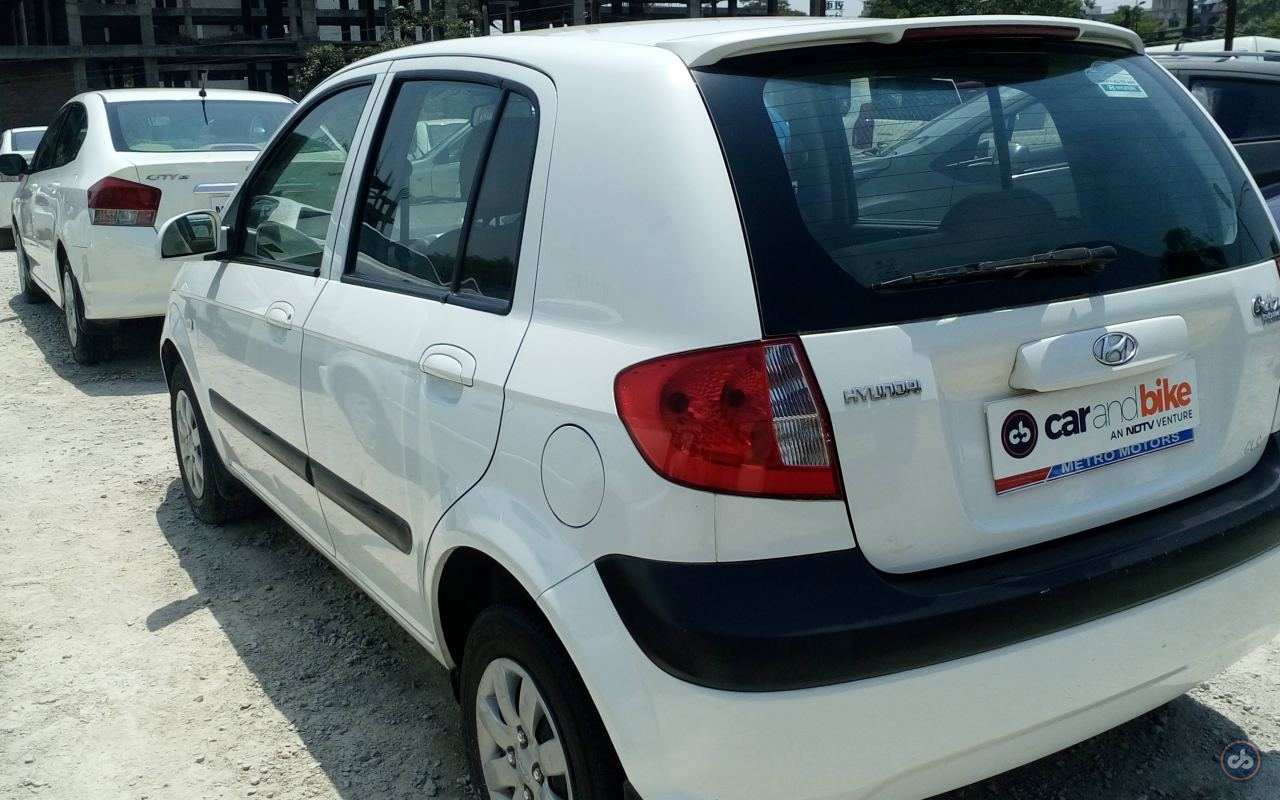 ... Hyundai Getz Prime Rear Left Side Angle View ...