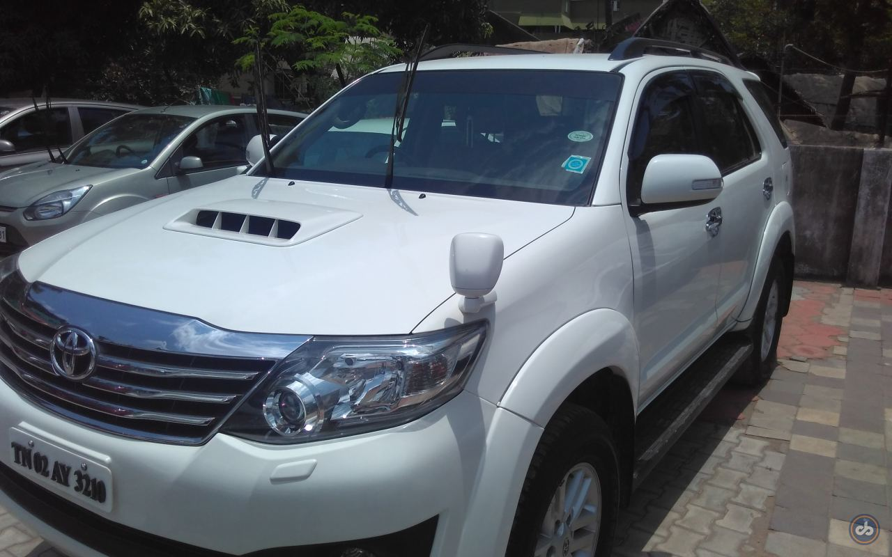 Toyota Fortuner Front Left Side Angle View