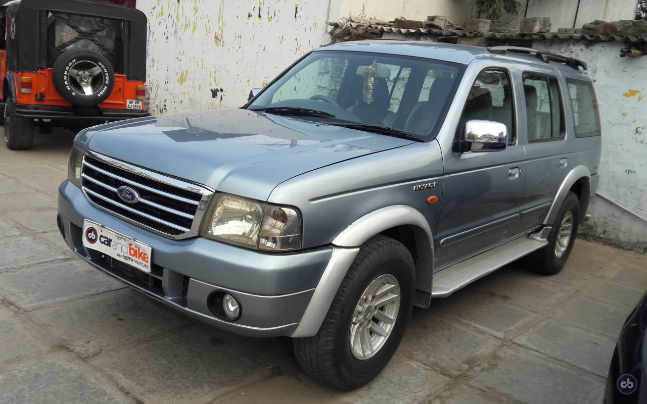 Used Ford Endeavour XLT 4x2 in Hyderabad 2004 model