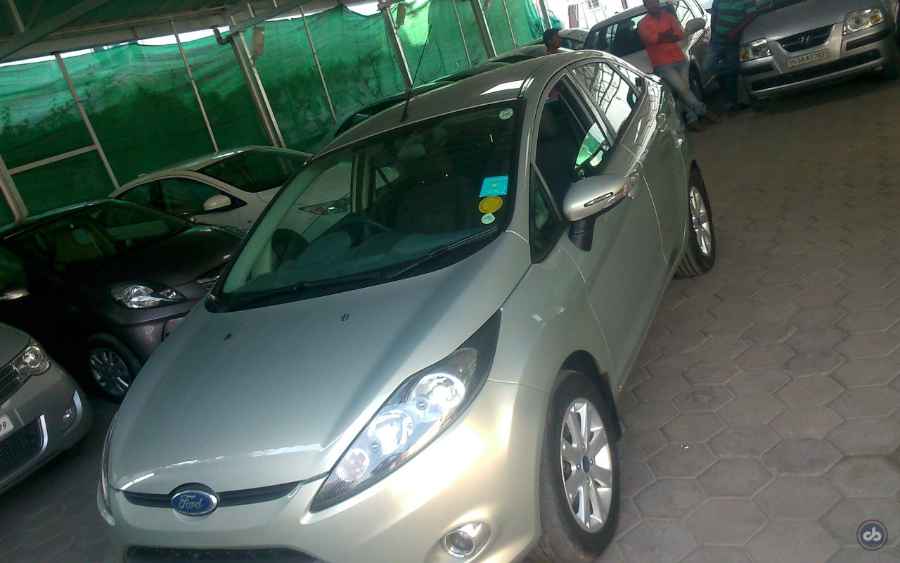 Used Ford Fiesta 1 5 Petrol Trend In Coimbatore 2012 Model India At
