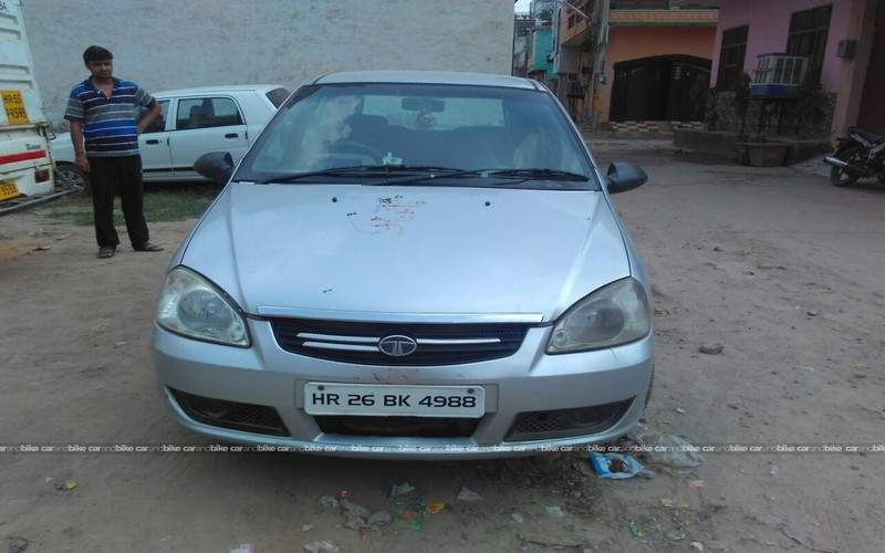 Tata Indica Ev2 Front View