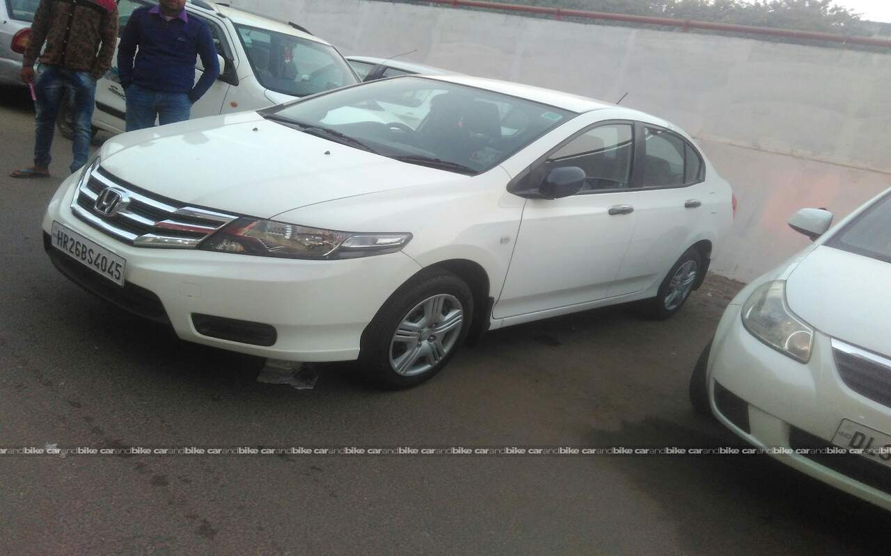 Used Honda City 15 E Mt In East Delhi 2012 Model India At Best Front View Bikes Left Side Angle