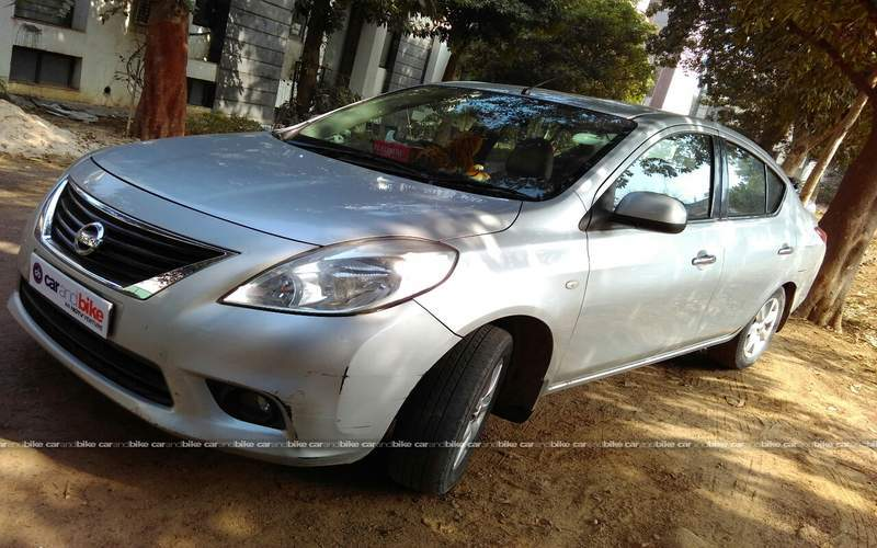 Nissan Sunny Front Left Side Angle View