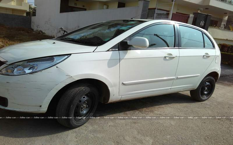 Tata Indica Vista Front Left Side Angle View