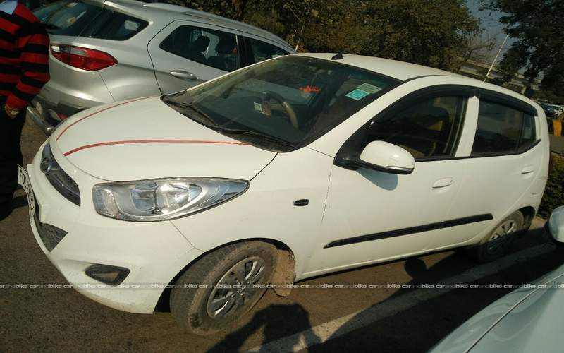 Hyundai I10 Front Left Side Angle View