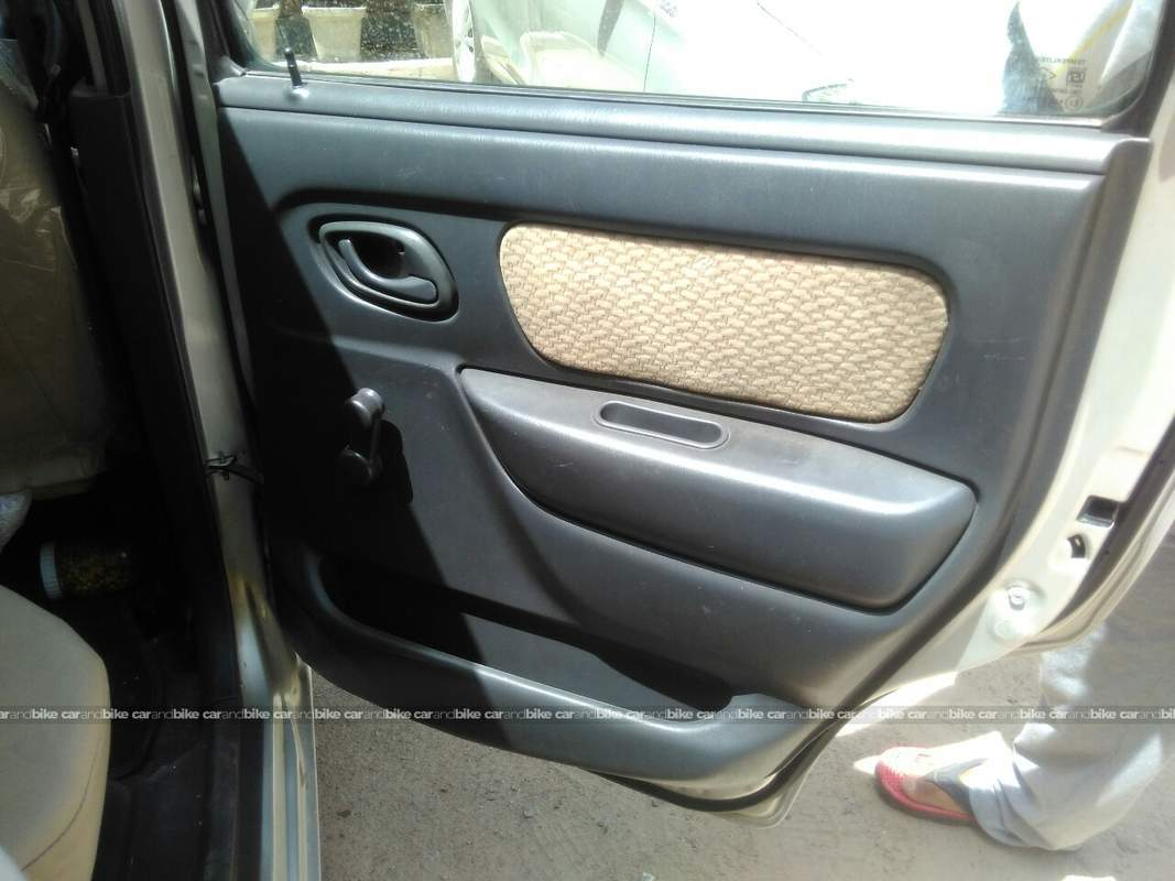 Used Maruti Suzuki Wagon R Vxi 1 0 In North West Delhi