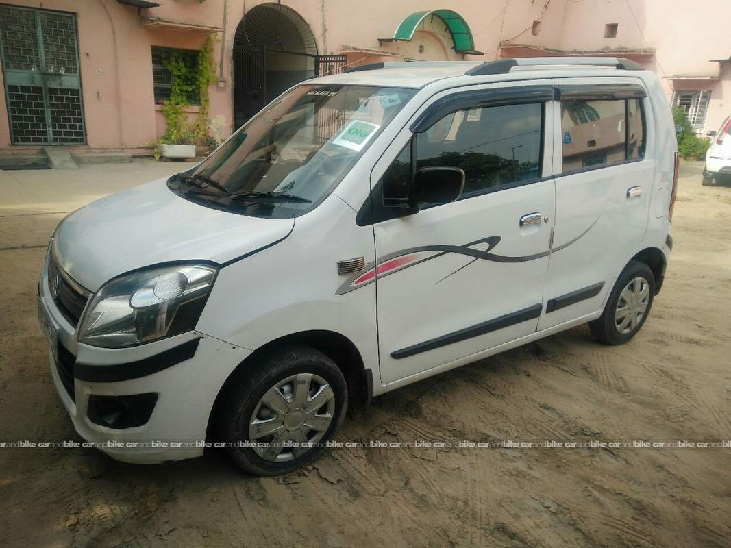 used maruti suzuki wagon r lxi cng in central delhi 2013 model india at best price id 17518. Black Bedroom Furniture Sets. Home Design Ideas