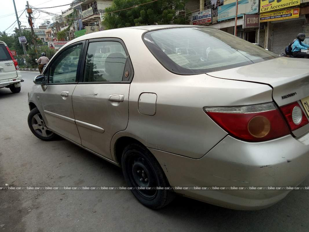 Used Honda City Zx Gxi In New Delhi 2008 Model India At Best Price