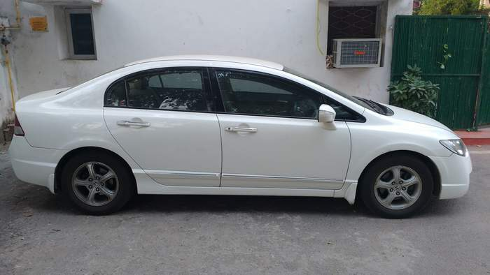 honda civic  cvt petrol   delhi  model india   price id