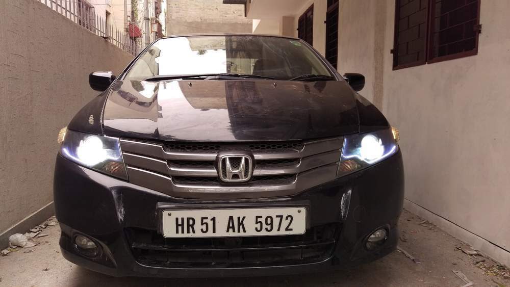 Used Honda City 1 5 V Mt In New Delhi 2010 Model India At Best