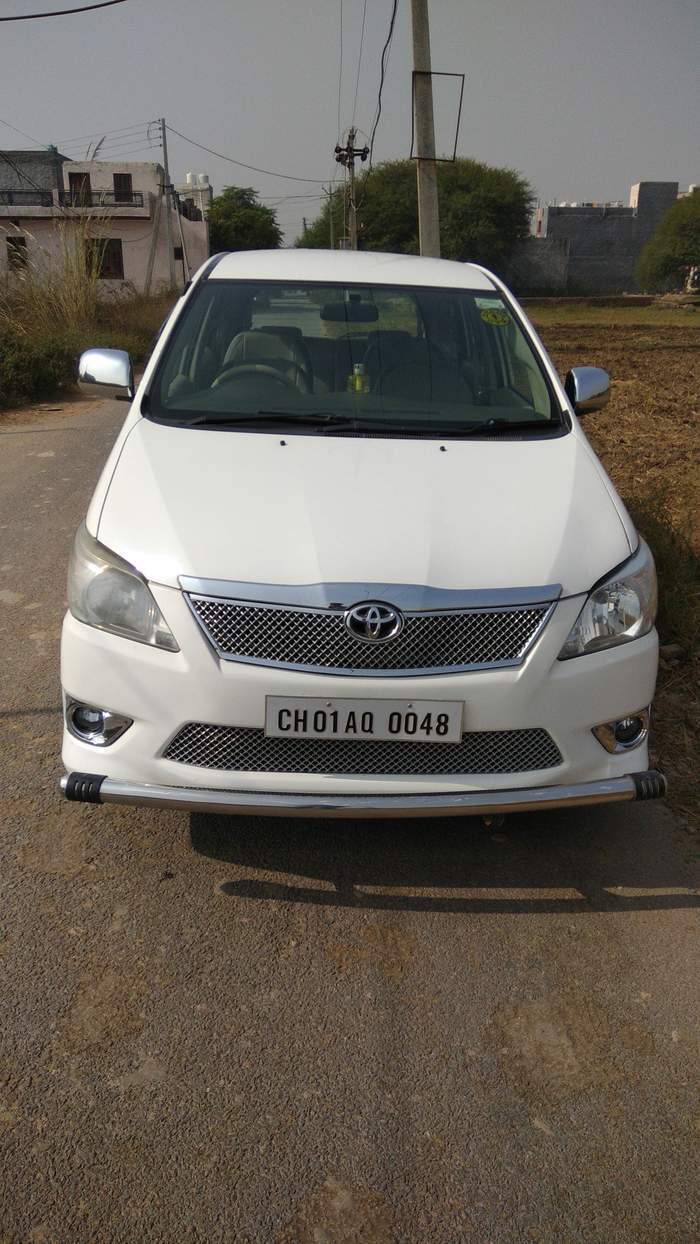 used toyota innova 2 5 g in chandigarh 2012 model india at best price id 19671. Black Bedroom Furniture Sets. Home Design Ideas