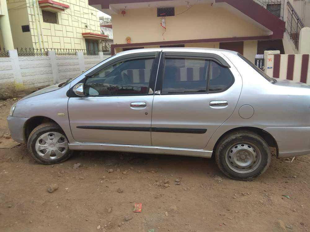 Best used sedan car to buy in india