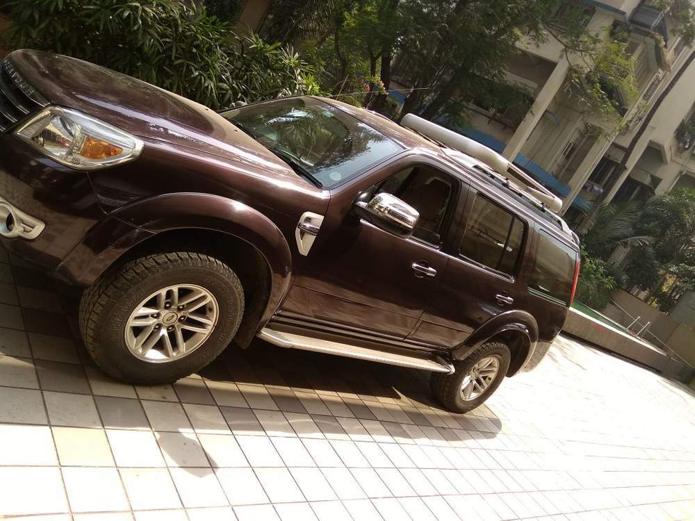 Used Ford Endeavour 3 0L 4x4 AT in Mumbai 2010 model