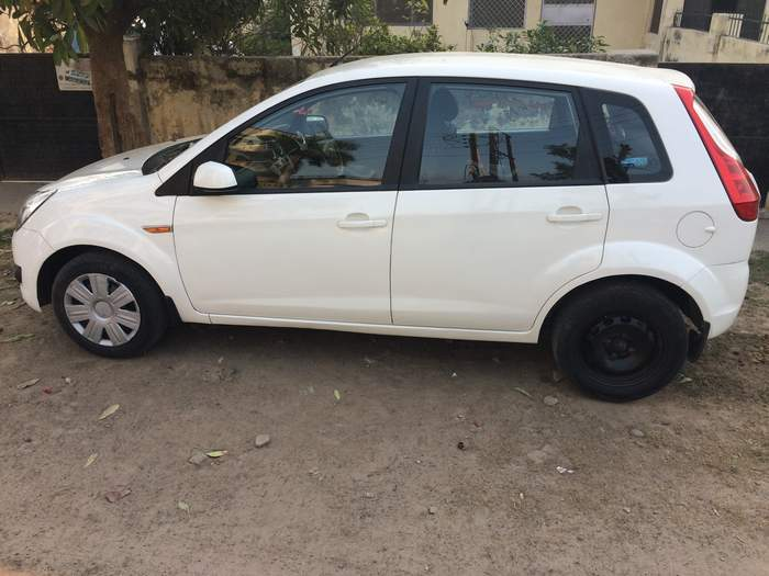 Used Ford Figo 1 4 Duratorq Exi In Lucknow 2011 Model India At Best