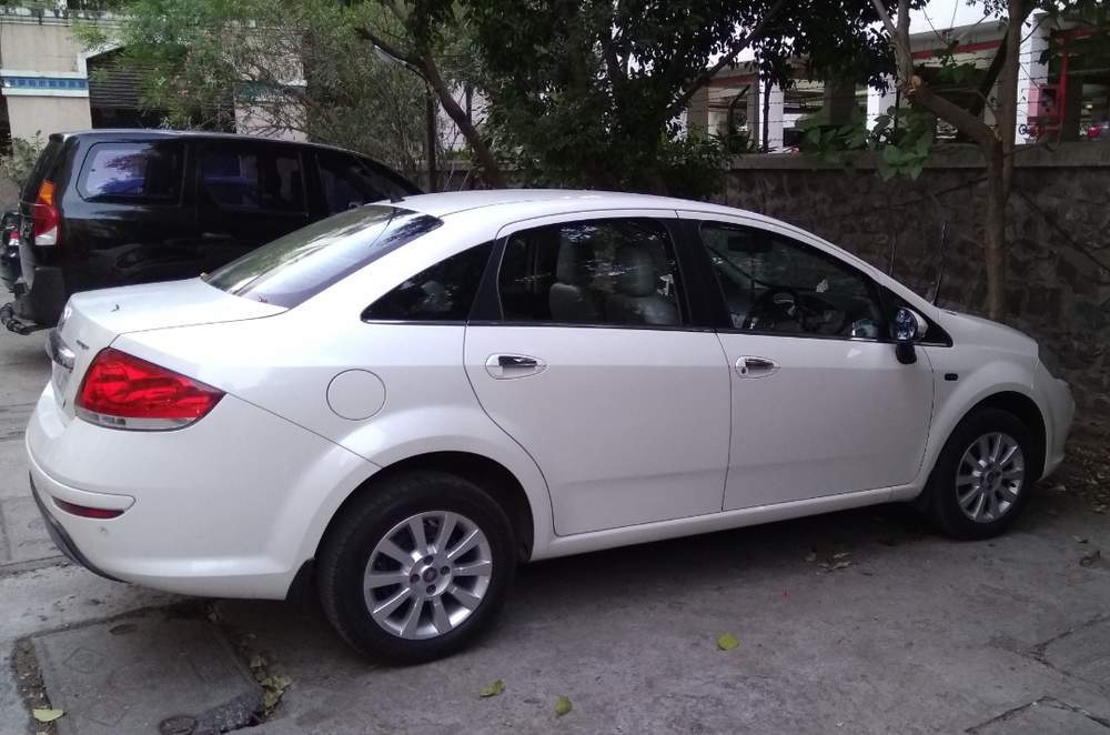 Used Fiat Linea 1 3 Dynamic In Pune 2015 Model India At Best Price