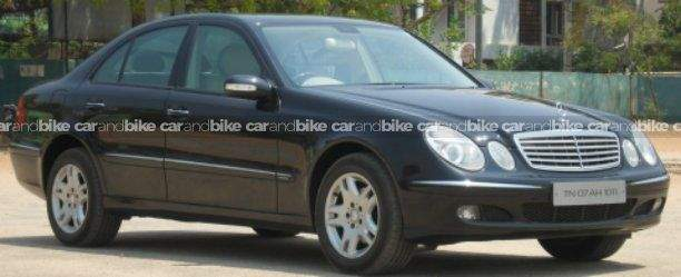 Mercedes Benz E Class 250 Front Left Side Angle View