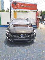 Volvo S60 D5 Front View