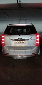 Mahindra Xuv500 Front Right Side Angle View
