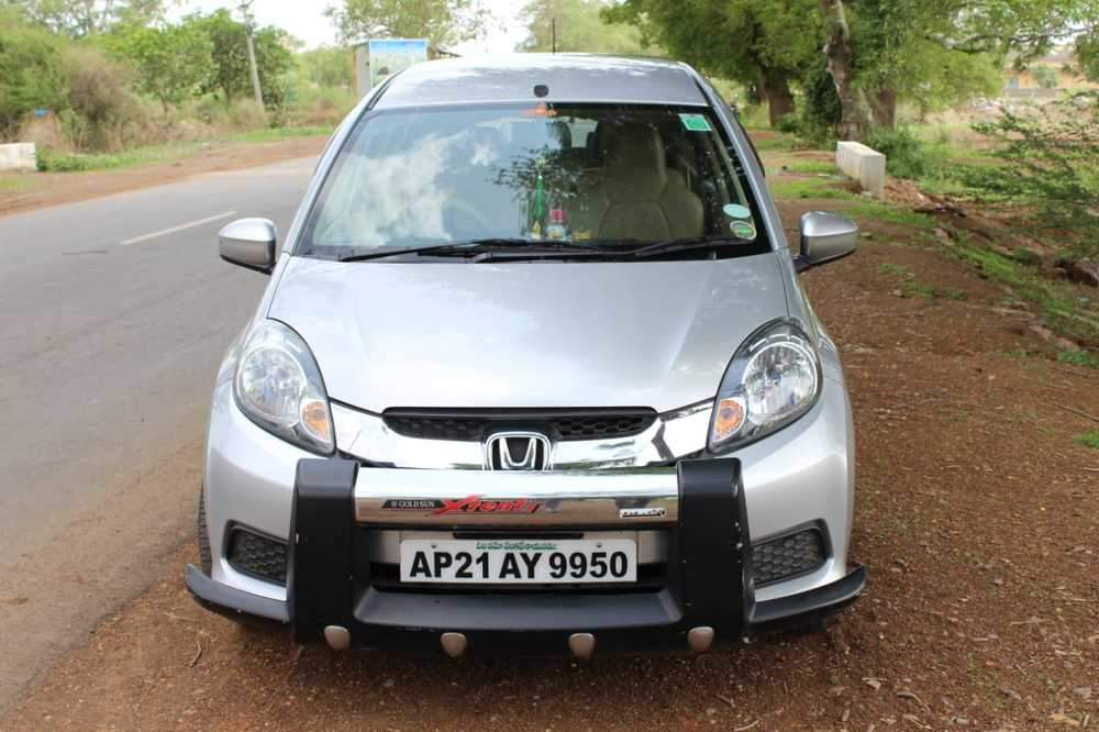 Honda Mobilio Left Side View