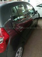 Hyundai I10 12 Magna Mt Front Right Side Angle View