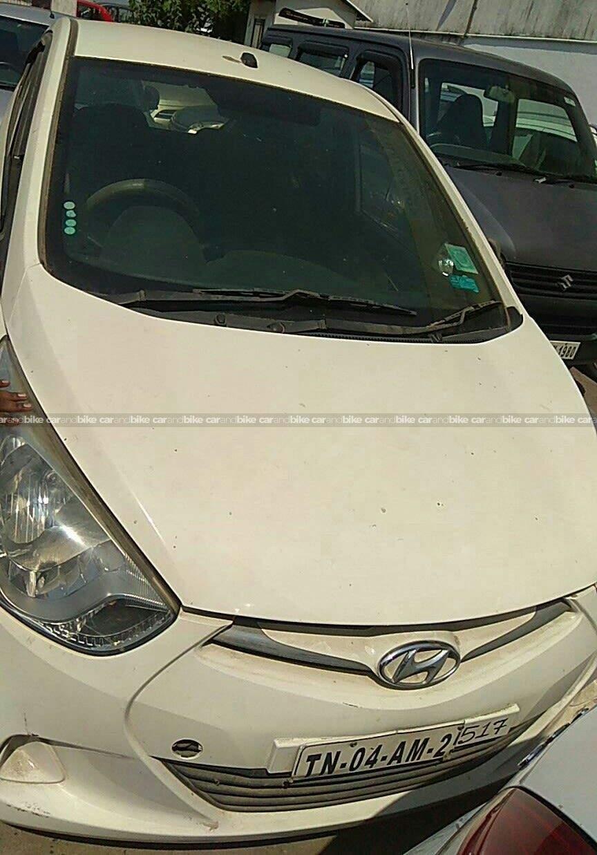 Hyundai Eon Era Plus Front View