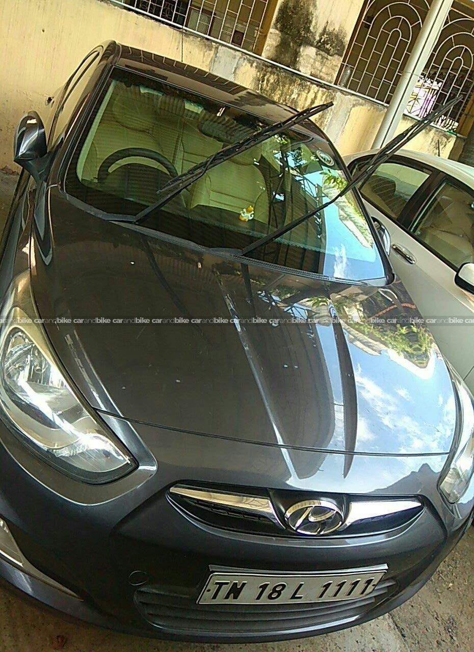 Hyundai Fluidic Verna 16 Crdi Sx At Front View