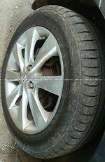 Hyundai Fluidic Verna 16 Crdi Sx At Front Right Rim