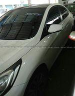 Hyundai Fluidic Verna 16 Vtvt Sx At Front Windshield Top