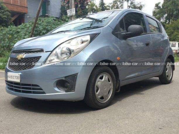 Chevrolet Beat 12 Ls Front Left Side Angle View