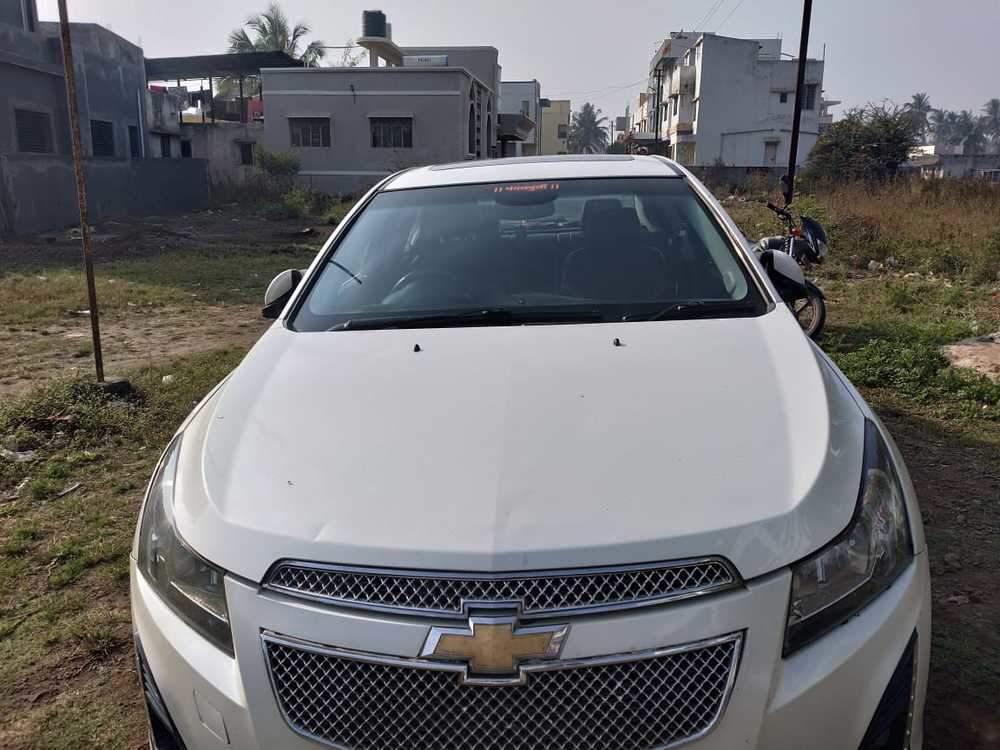 Chevrolet Cruze Left Side View