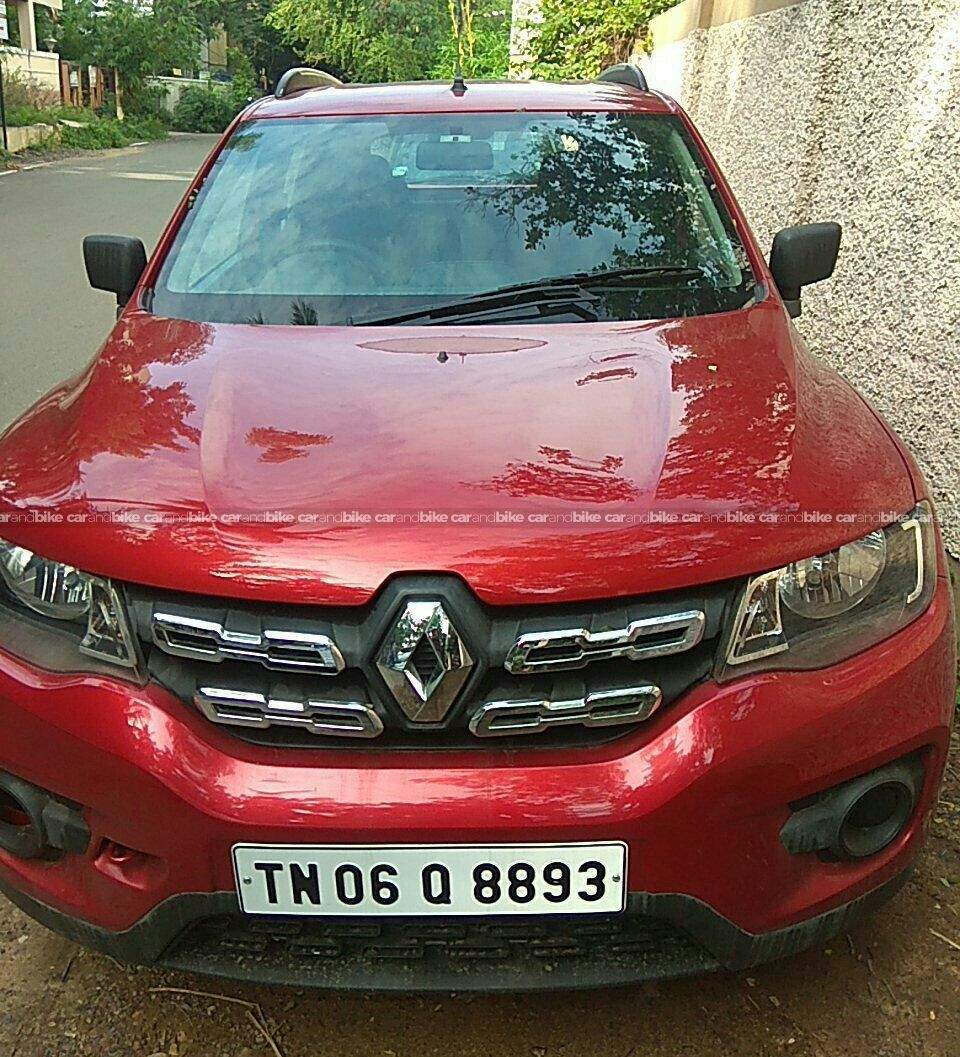 Renault Kwid Rxt 10 Front Left Side Angle View