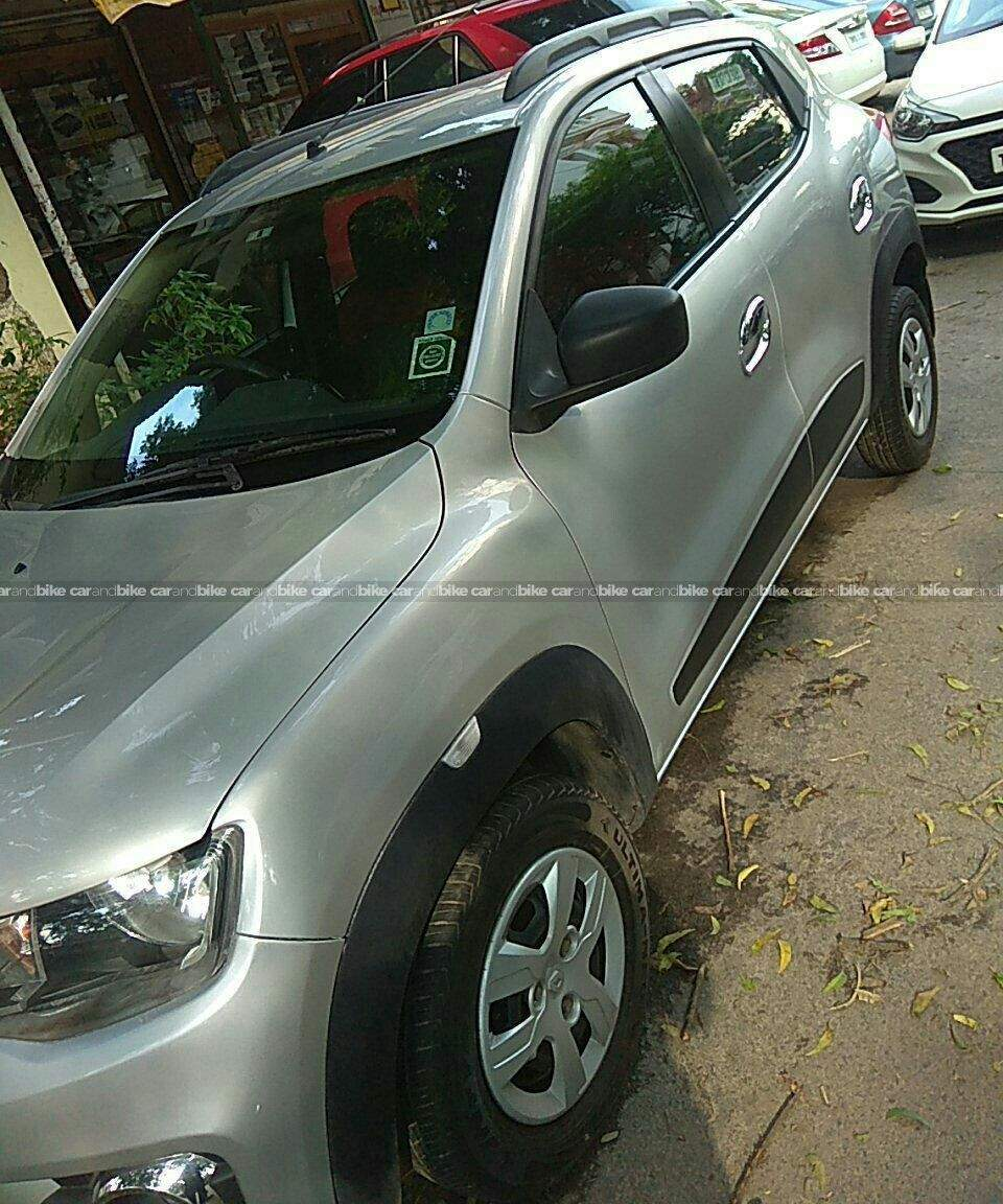 Renault Kwid Rxt 10 Front Windshield Top