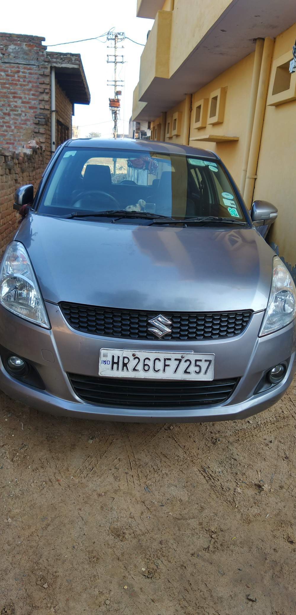 Maruti Suzuki Swift Front Right Side Angle View