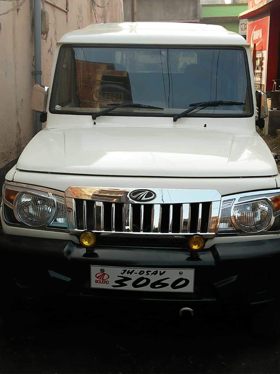 Mahindra Bolero Left Side View