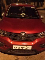 Renault Kwid Rear Left Side Angle View