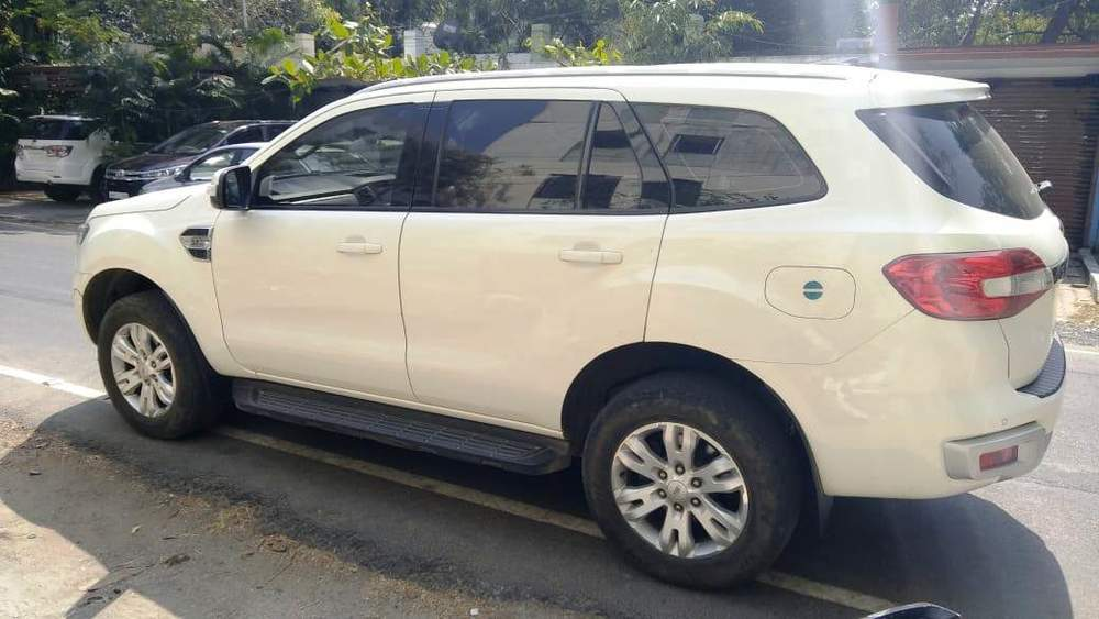 Used Ford Endeavour 3 2L AWD AT Trend in Chennai 2016