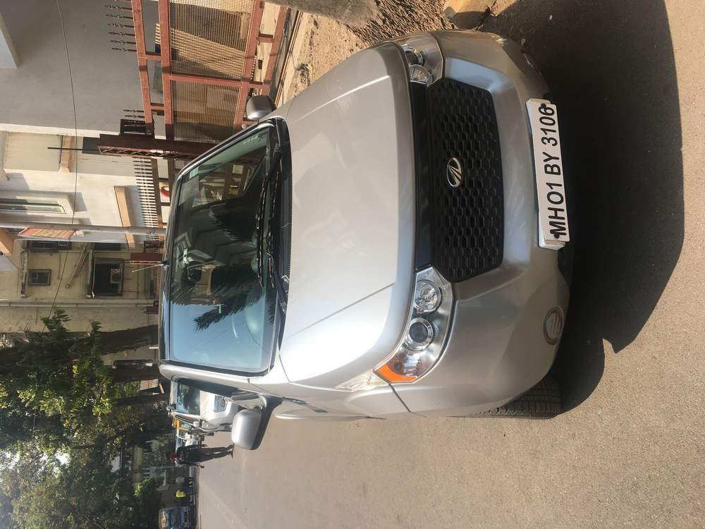 Mahindra E2o Left Side View