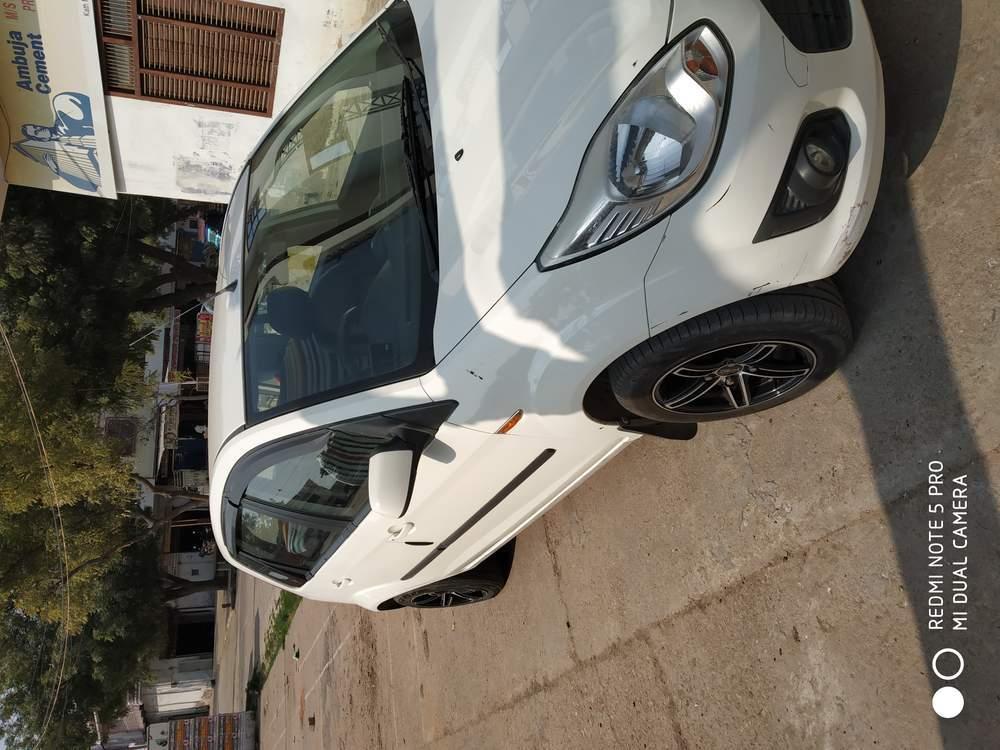 Ford Figo Left Side View