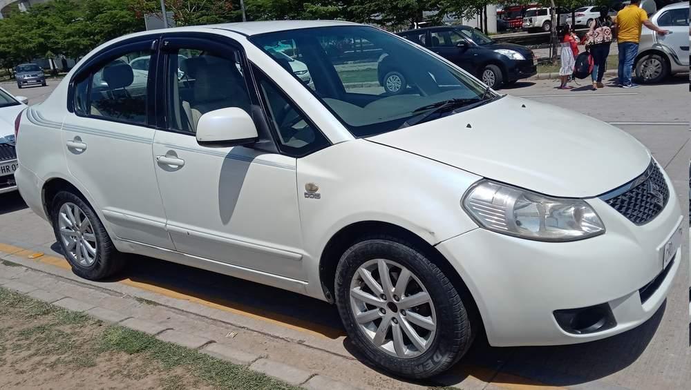 Maruti Suzuki Sx4 Left Side View