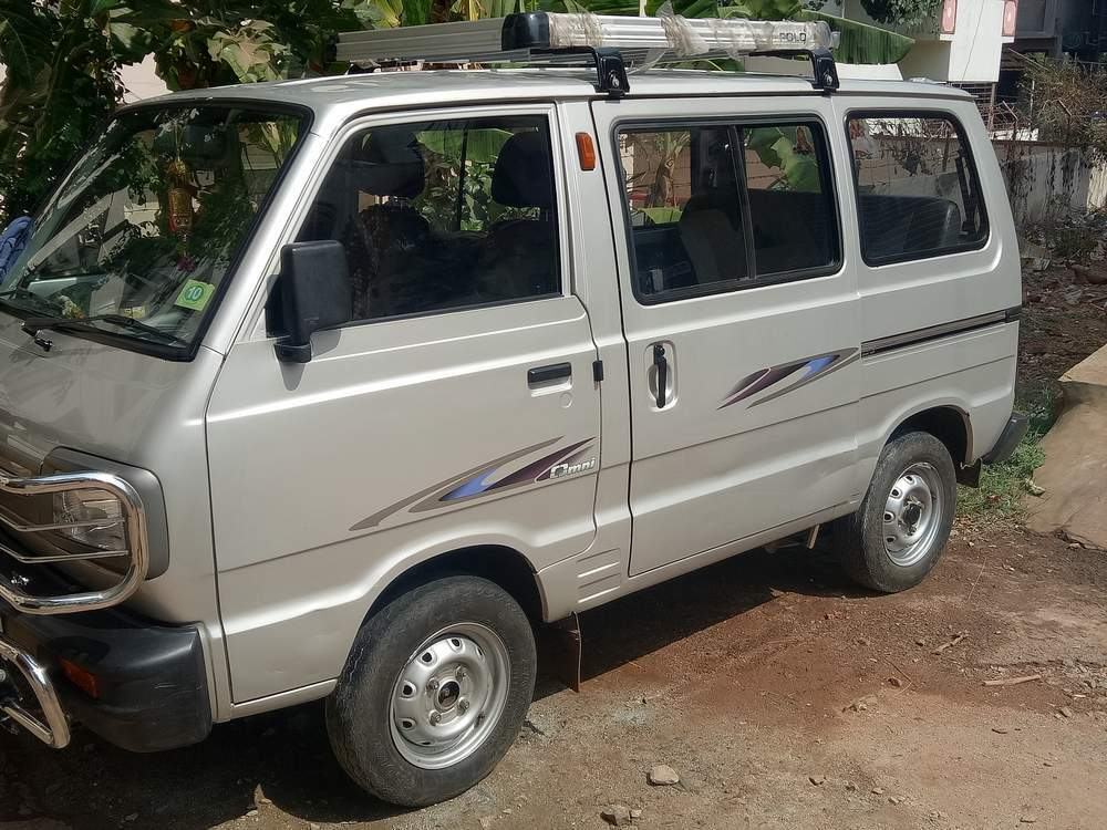 Maruti Suzuki Omni Left Side View