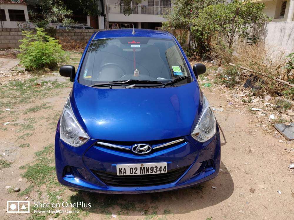 Hyundai Eon Rear View