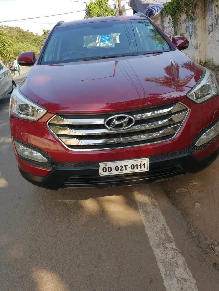 Used Hyundai Santa Fe 4WD AT in Bhubaneswar 2014 model