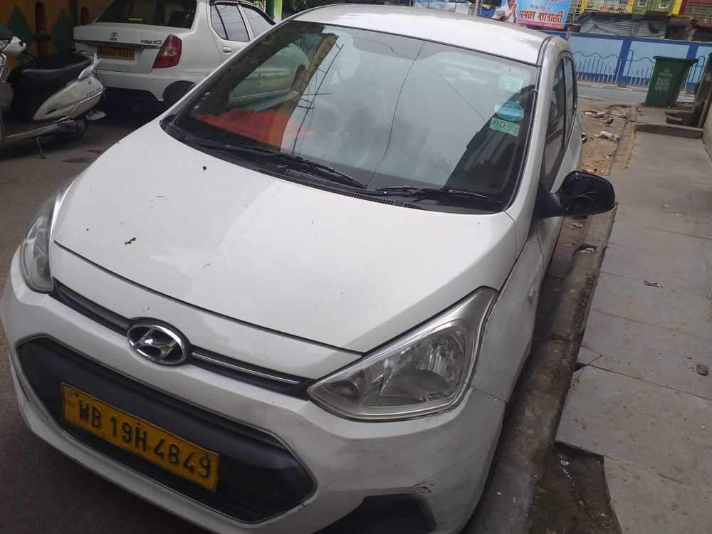 Hyundai Xcent Left Side View